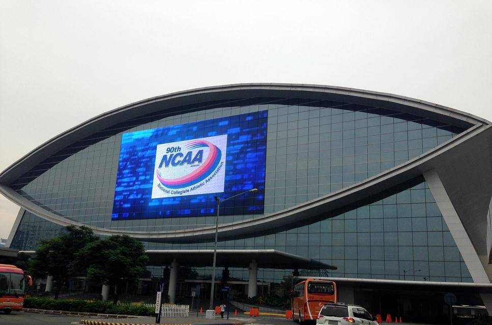 P10 full color transparent LED media facade mesh