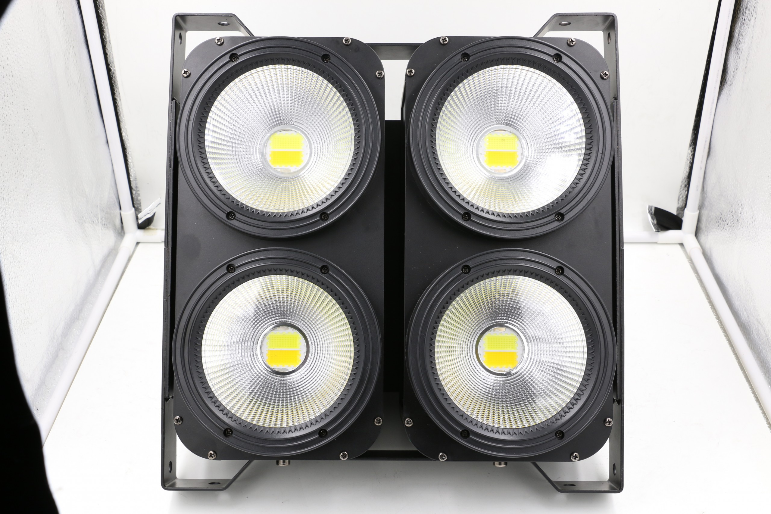 400W Audience Light 4 Eye 4x100w Cob Led Blinder Light
