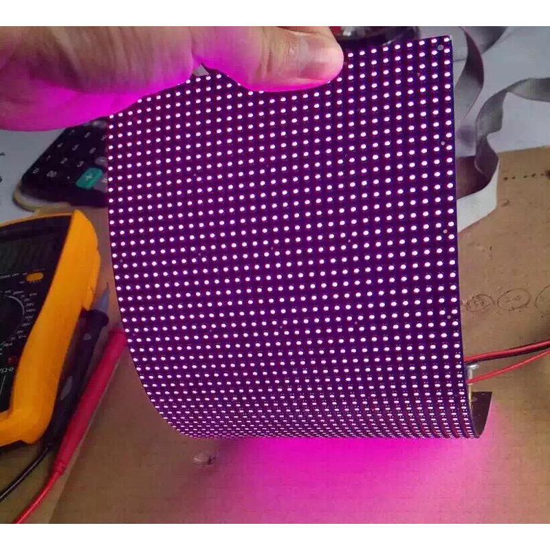 P2.5mm Indoor Soft Flexible LED Display Module 240mmx120mm