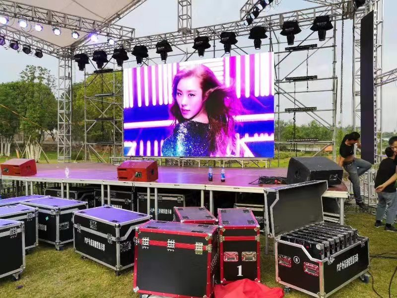 led screen for stage rental